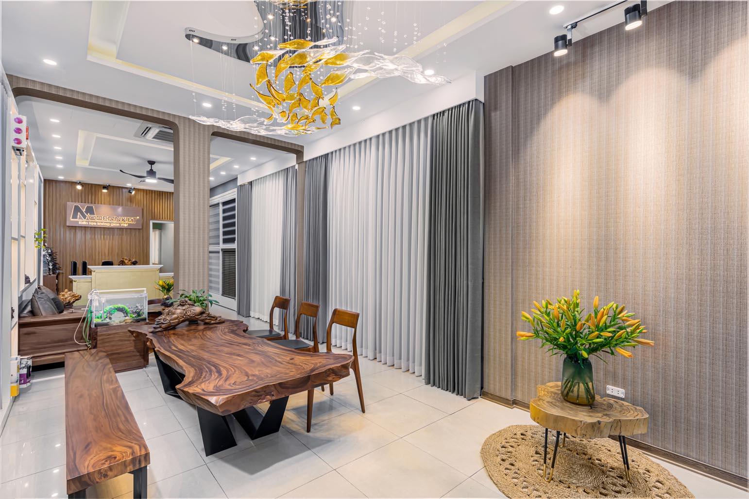 Showroom Modern Việt